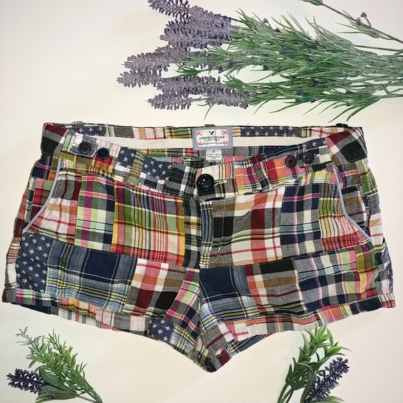 American Eagle Outfitters Pants - American Eagle Shorts Patchwork Size 8 Plaid Cute